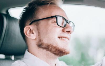 Autojuhi prillid ja nõuanded silmade hoidmiseks autoroolis